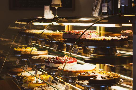 Die Kuchen werden von der Kuchenbar selbst kreiert und gebacken. Foto: Die Kuchenbar